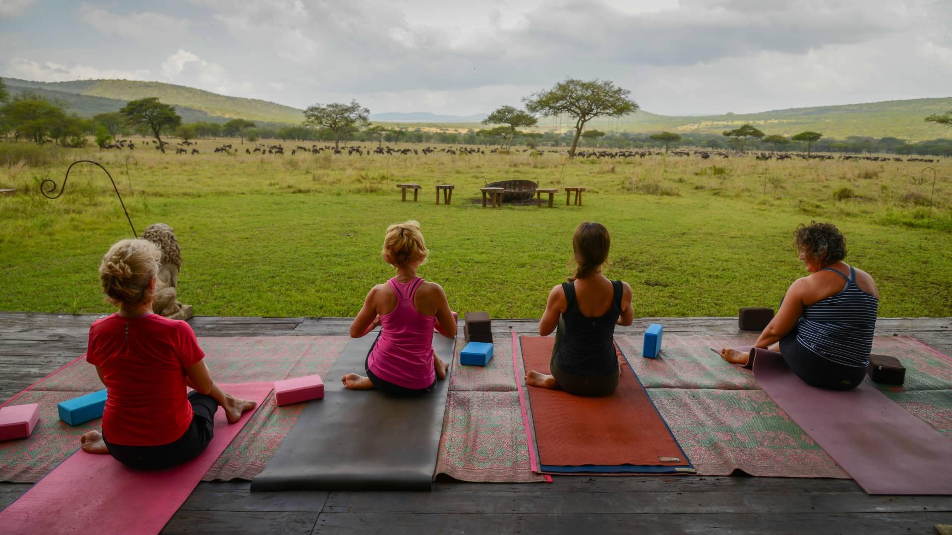 yoga im serengeti asanja